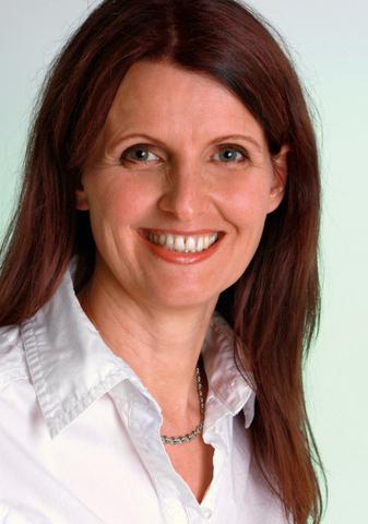 Sakira Philipp // Trainerin, Coach, Autorin